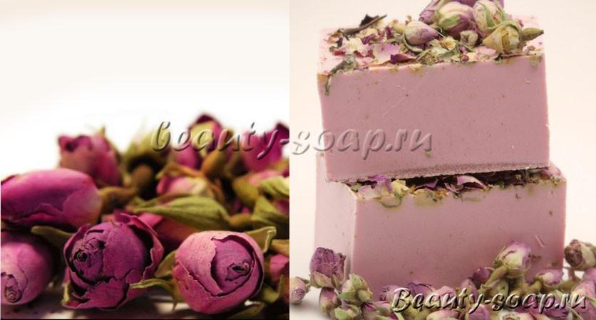 Сухие лепестки роз в мыле