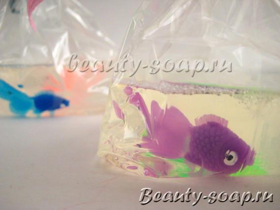 Мыло ручной работы в виде рыбки
