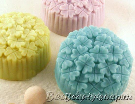Подарочное мыло в цветочек