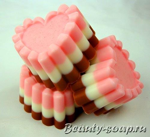 Мыло в виде пирожного