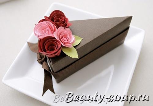 Коробочки в виде кусочков торта своими руками