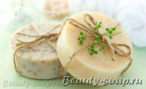 Натуральное мыло с травами